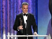 Daniel Day-Lewis accepts award at Screen Actors Guild Awards 2013