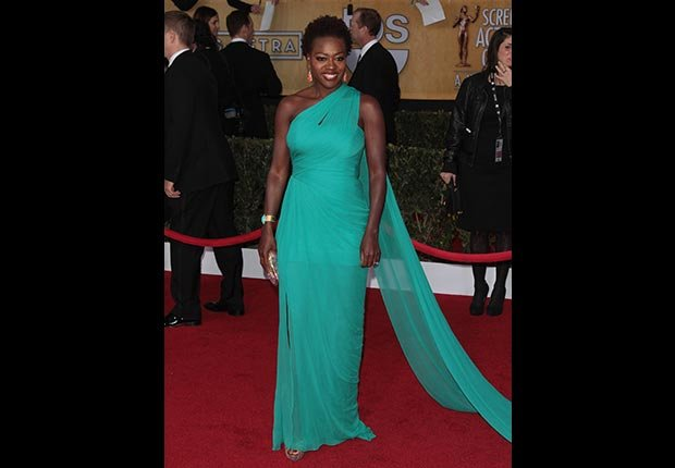 Viola Davis on red carpet at Screen Actors Guild Awards 2013