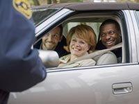 Bradley Cooper, Jacki Weaver y Chris Tucker en la película Silver Linings Playbook - Premios 2013 de AARP Movies for Grownups.