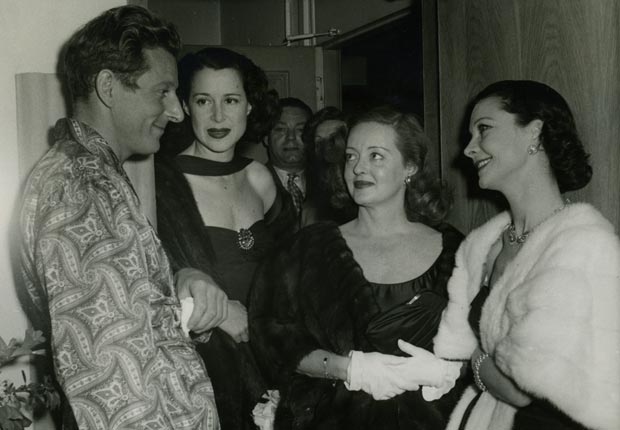 Danny Kaye, Kitty Carlisle Hart, Bette Davis and Vivian Leigh