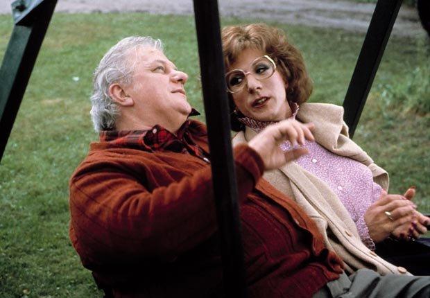 Dustin Hoffman y Charles Durning en la película Tootsie en 1982