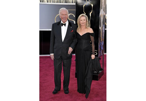 Actor Christopher Plummer y su esposa Elaine Taylor -  Alfombra roja Oscar 2013.