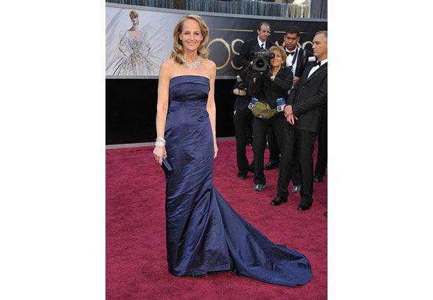 Actress Helen Hunt arrives at the Oscars