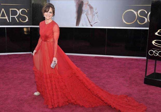 Actriz Sally Field -  Alfombra roja Oscar 2013.