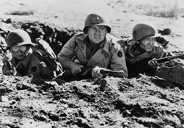 Battle scene with Van Johnson (center), Go For Broke!, War Movie Slideshow