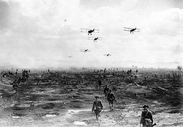 Airplanes over battlefield, Wings, 1927, War Movie Slideshow