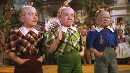 Munchkins en el elenco de Mago de Oz