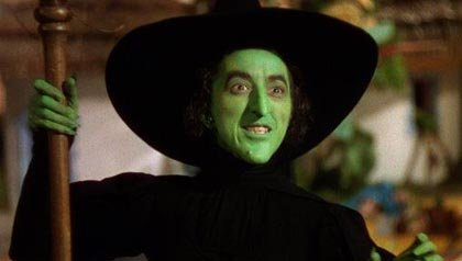 Margaret Hamilton como la Bruja Mala del Mago de Oz