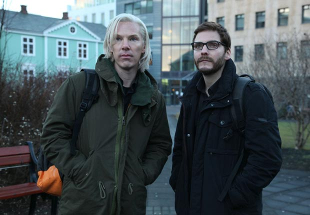 Benedict Cumberbatch and Daniel Bruhl in The Fifth Estate (Moviestore Collection/Alamy)