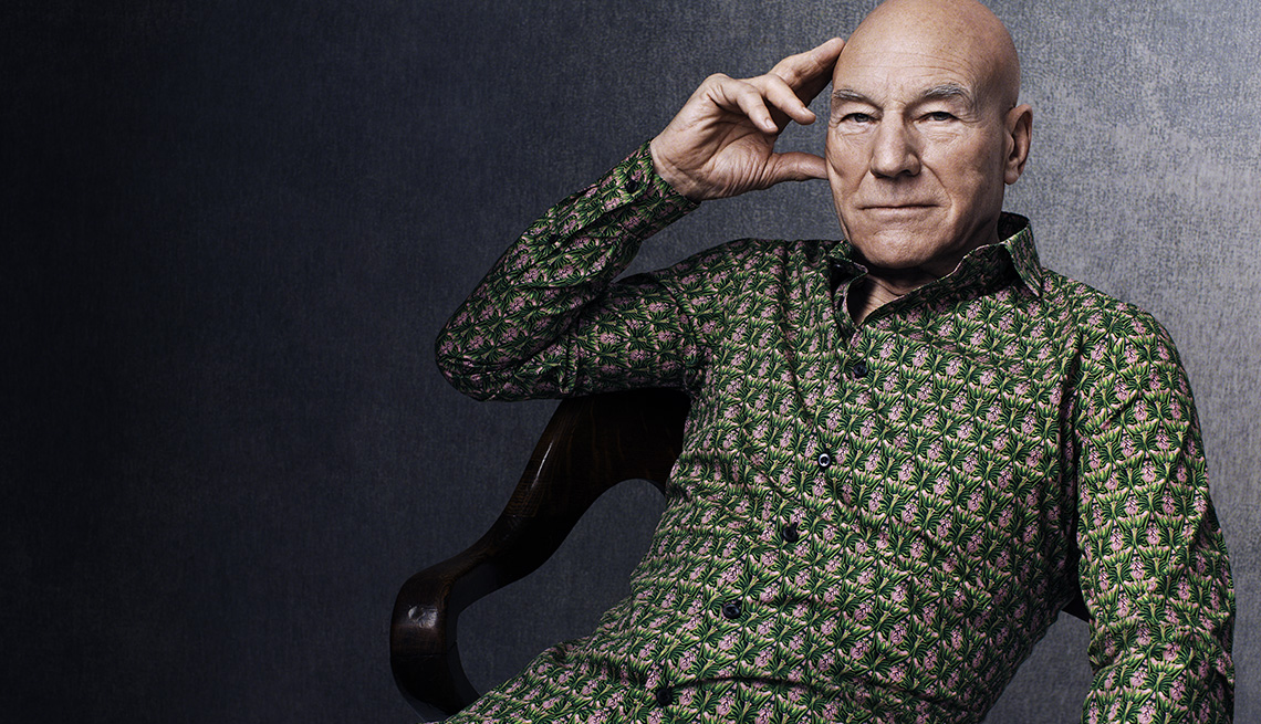 Name that Game Picture Edition  - Page 12 1140-pink-green-shirt-patrick-stewart-interview.imgcache.rev8432a1933ffe7ebc19f541f3b099bad6