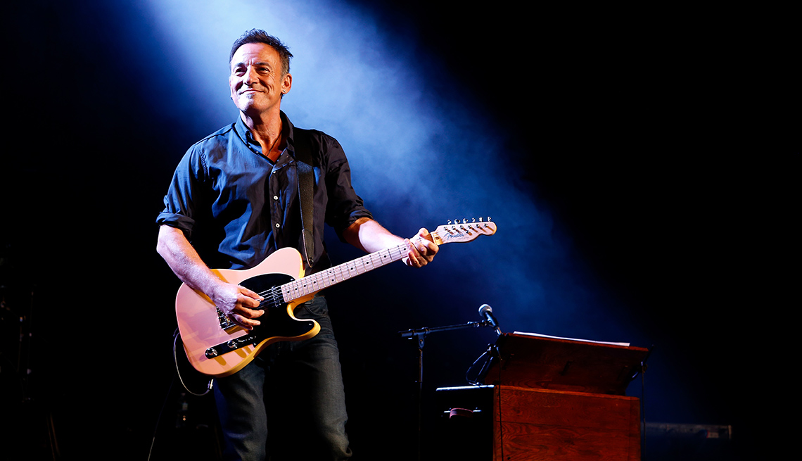 Singer, Musician, On Stage, Performance, Concert, Bruce Springsteen, Celebrities From New Jersey, Jersey Boys