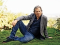 Jeff Bridges stars this August in the Giver. Bridges talks about movie, his marriage and family.