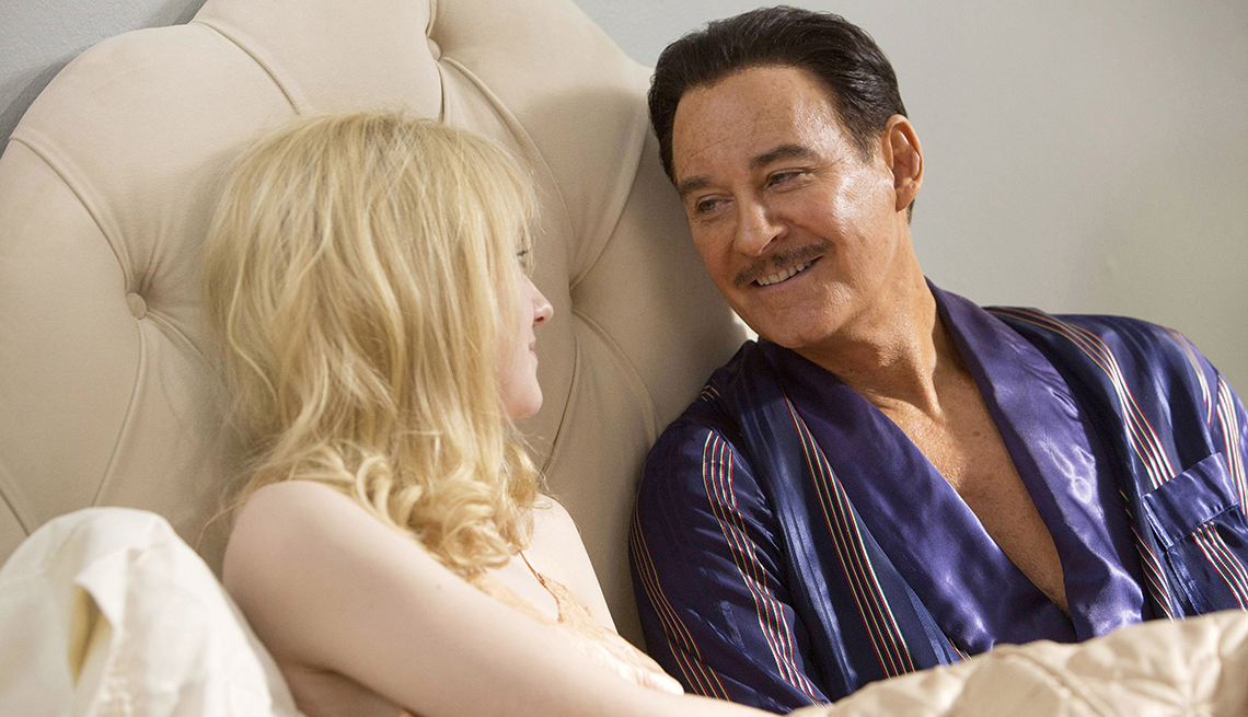 Dakota Fanning, Kevin Kline, The Last of Robin Hood, movie review