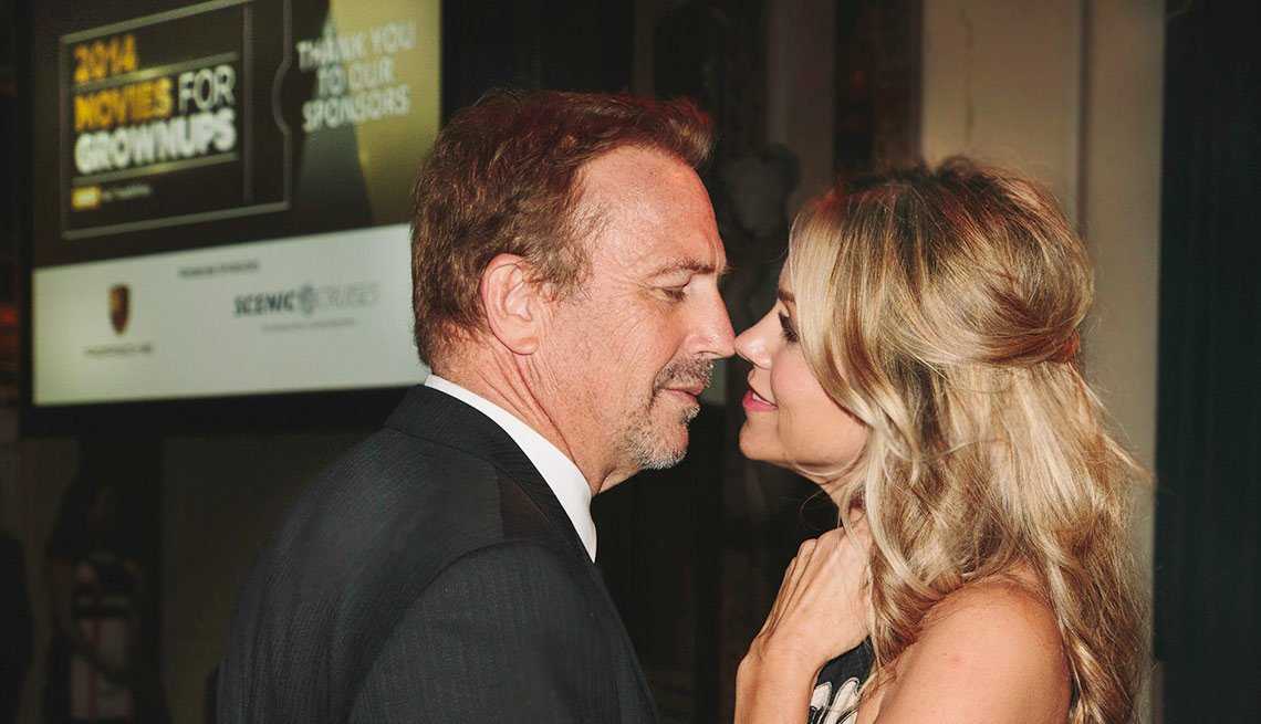 Ending the evening away from the crowd, Kevin and Christine Costner finally get to share an intimate moment after all the hoopla.