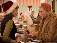 Rooney Mara y Cate Blanchett en una escena de la película Carol