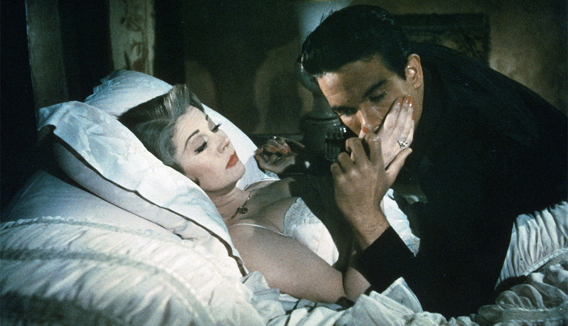 Vivien Leigh and Warren Beatty in 'The Roman Spring of Mrs. Stone'