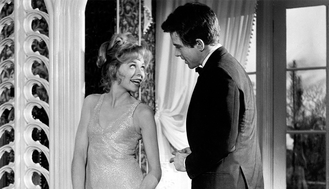 Susannah York and Warren Beatty in 'Kaleidoscope'