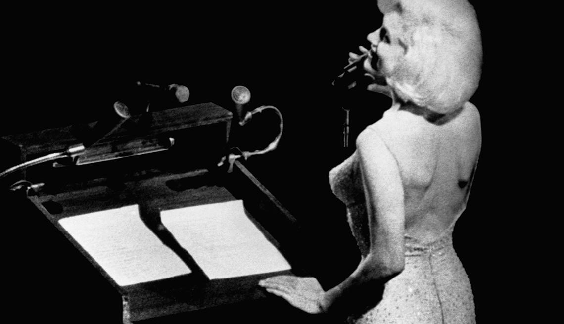 Marilyn Monroe 50 años tras su muerte - Feliz cumpleaños señor presidente... (1962)