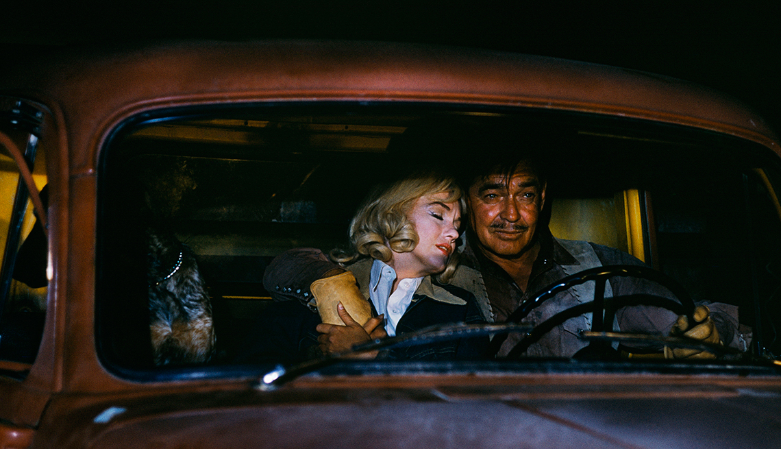 item 12 of Gallery image - Marilyn Monroe 50 años tras su muerte - 'The Misfits (Vidas rebeldes)' (1961)