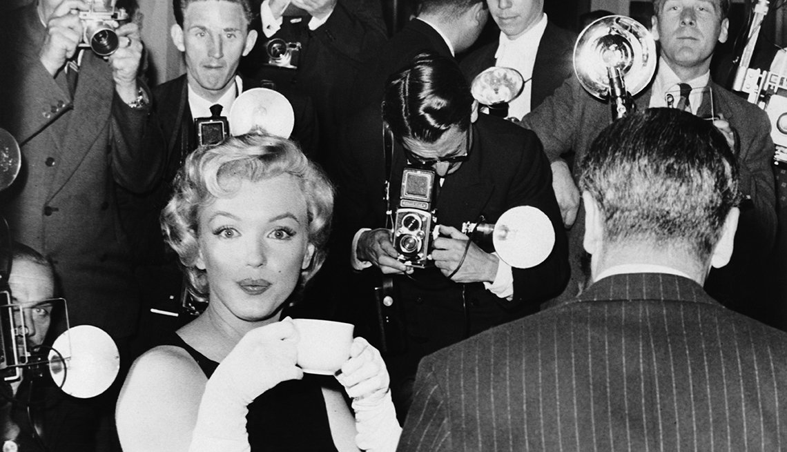 Marilyn Monroe 50 años tras su muerte -  en Inglaterra (1957)