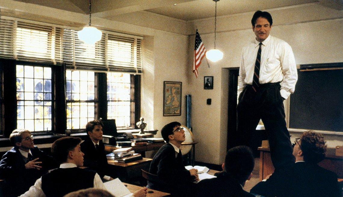 10 personajes inolvidables de Robin Williams - 'Dead Poets Society' (El club de los poetas muertos), 1989