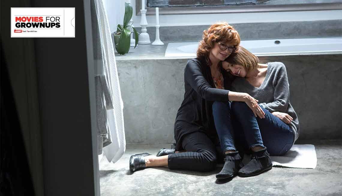Susan Sarandon y Rose Byrne en una escena de 'The Meddler'.