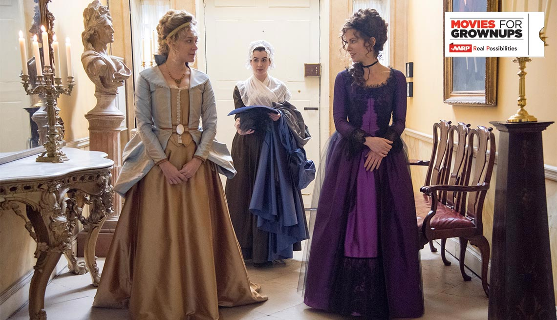 Chloe Sevigny and Kate Beckinsale in 'Love and Friendship'