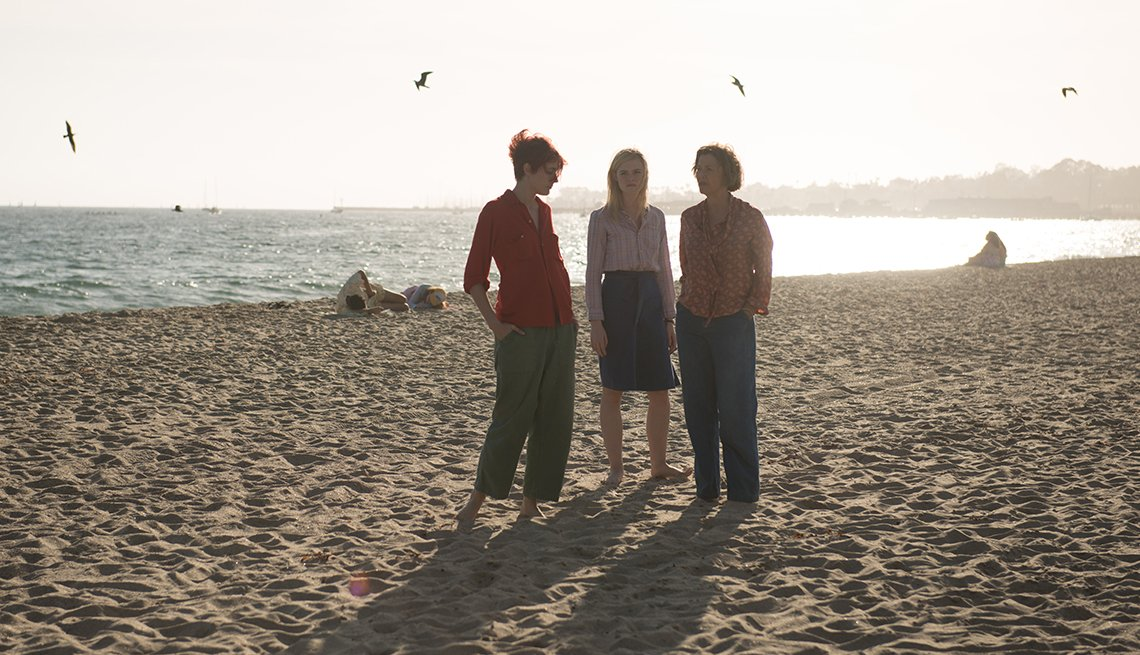 Greta Gerwig, Elle Fanning and Annette Bening in 20TH CENTURY WOMEN