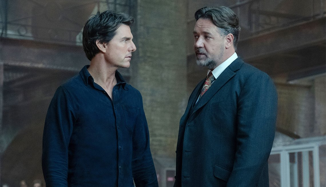 Tom Cruise and Russell Crowe in 2017's 'The Mummy'