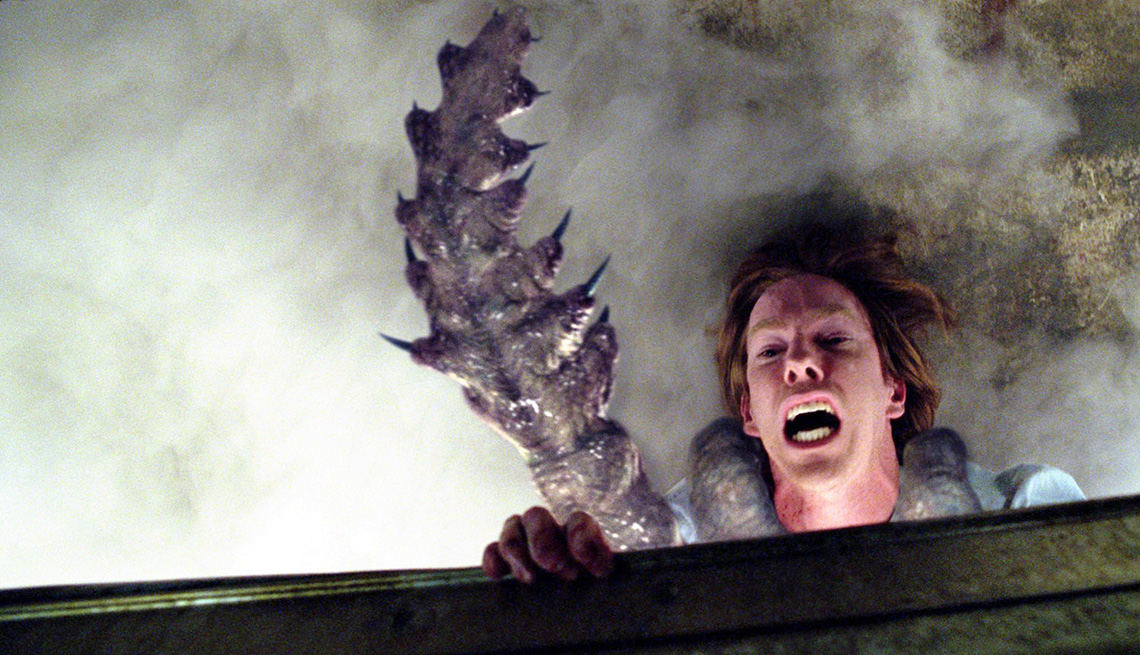 item 6 of Gallery image - The Mist (2007) - Tentacle Attack