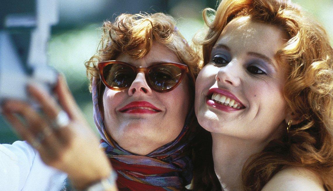 Susan Sarandon y Geena Davis en una escena de Thelma & Louise