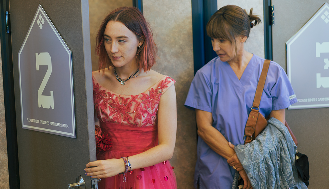 Saoirse Ronan and Laurie Metcalf in 'Lady Bird'