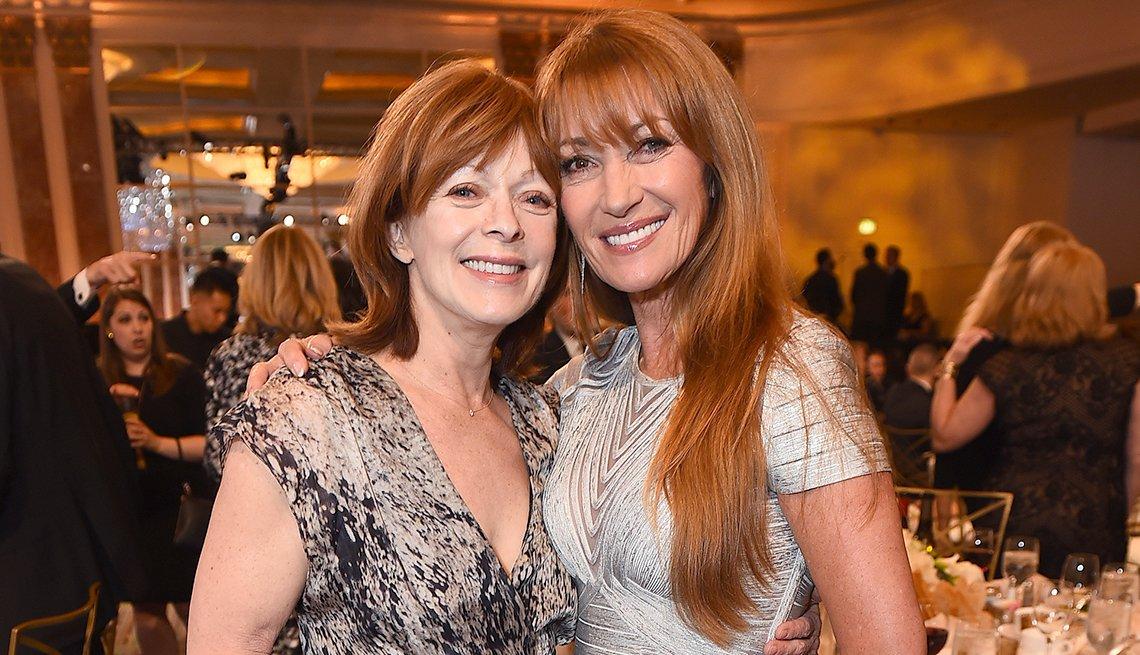 Frances Fisher y Jane Seymour en la entrega de la 17 gala de Movies For Grownups