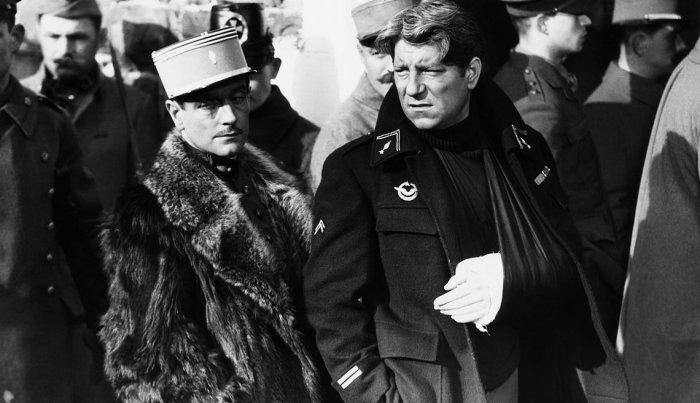 بيير فريسناي وجان جابين يتألقان في فيلم Grand Illusion