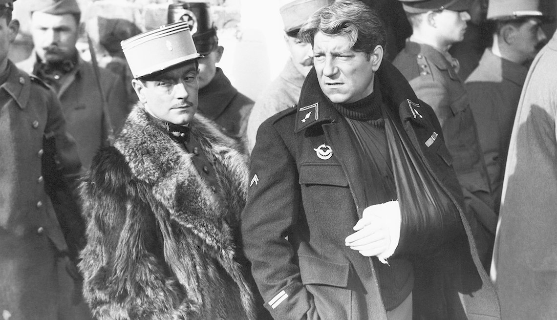 Pierre Fresnay and Jean Gabin star in the movie 'Grand Illusion'