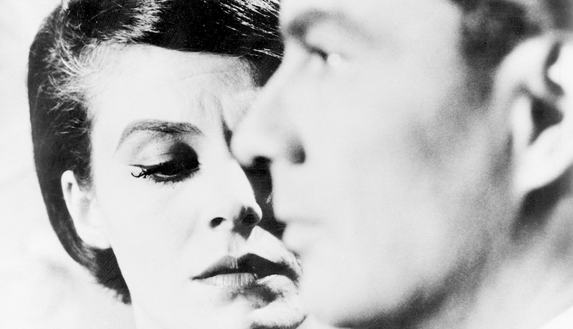 Delphine Seyrig and Giorgio Albertazzi in 'Last Year at Marienbad' movie.