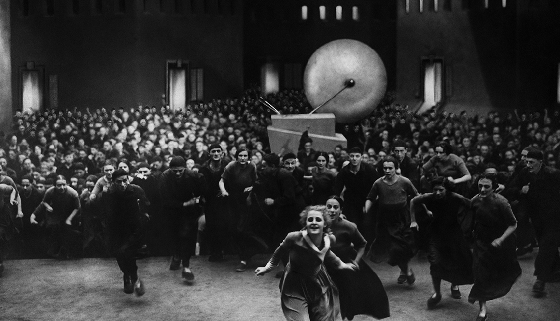 Film still from the movie 'Metropolis' starring Brigitte Helm