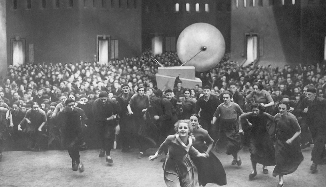 Film still from the movie 'Metropolis' starring Brigitte Helm