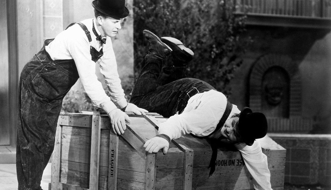 Stan Laurel and Oliver Hardy in 'The Music Box' movie