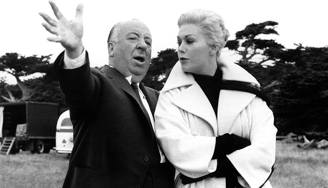 Director Albert Hitchcock directs actress Kim Novak on set of the film 'Vertigo'