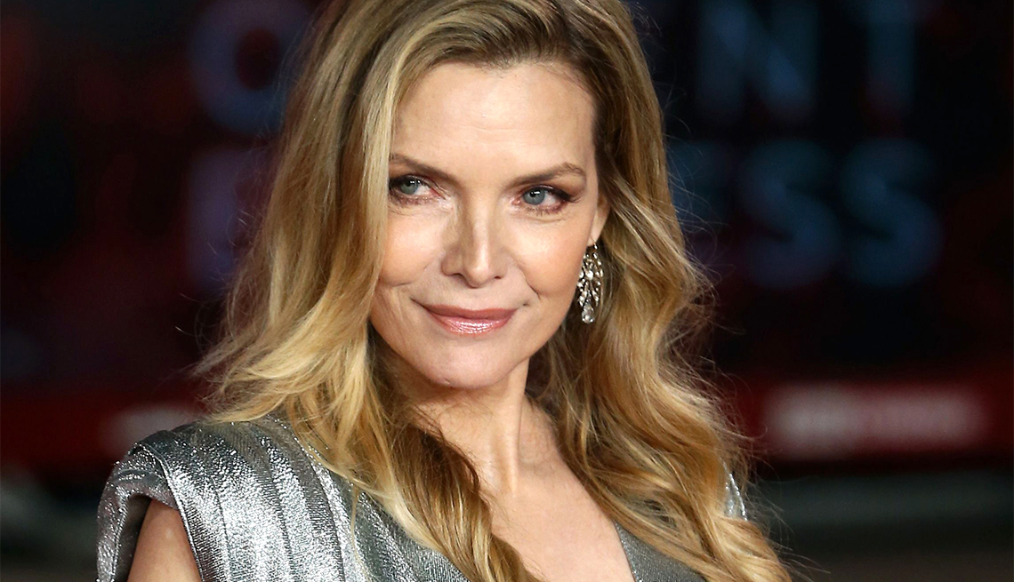 michelle pfeiffer i don t need to look younger