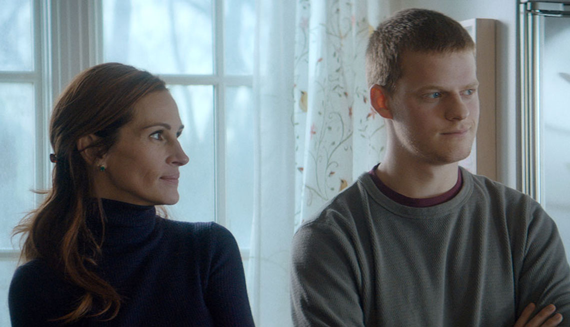 """Julia Roberts, Lucas Hedges in """"Ben is Back"""""""