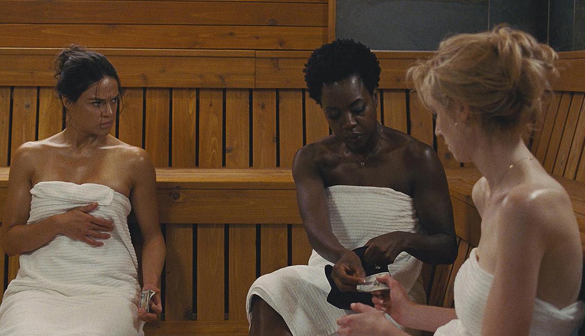 item 8 of Gallery image - Michelle Rodriguez, Viola Davis, and Elizabeth Debicki talking