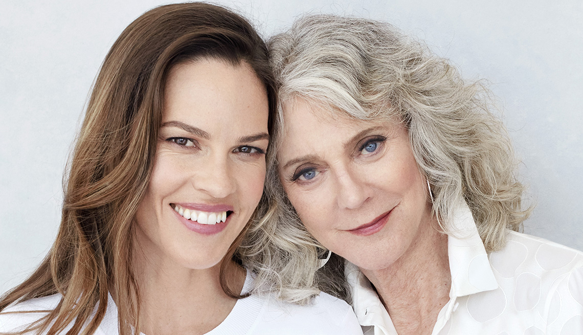 Blythe Danner, Hilary Swank Star in 'What They Had'