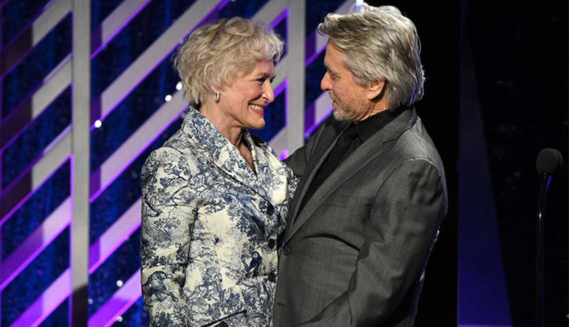 Glenn Close and Michael Douglas