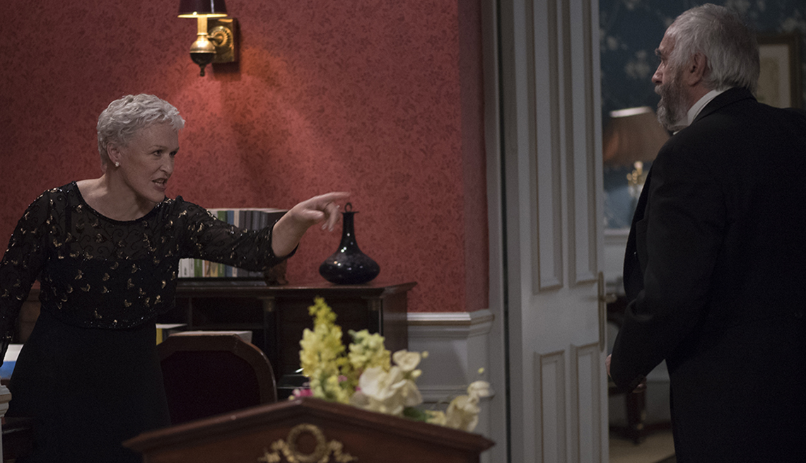 item 2 of Gallery image - Glenn Close pointing her finger in a scene from The Wife