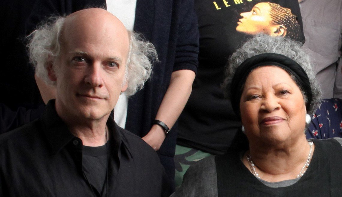 Toni Morrison and Timothy Greenfield-Sanders behind the scenes of Toni Morrison: The Pieces I am.