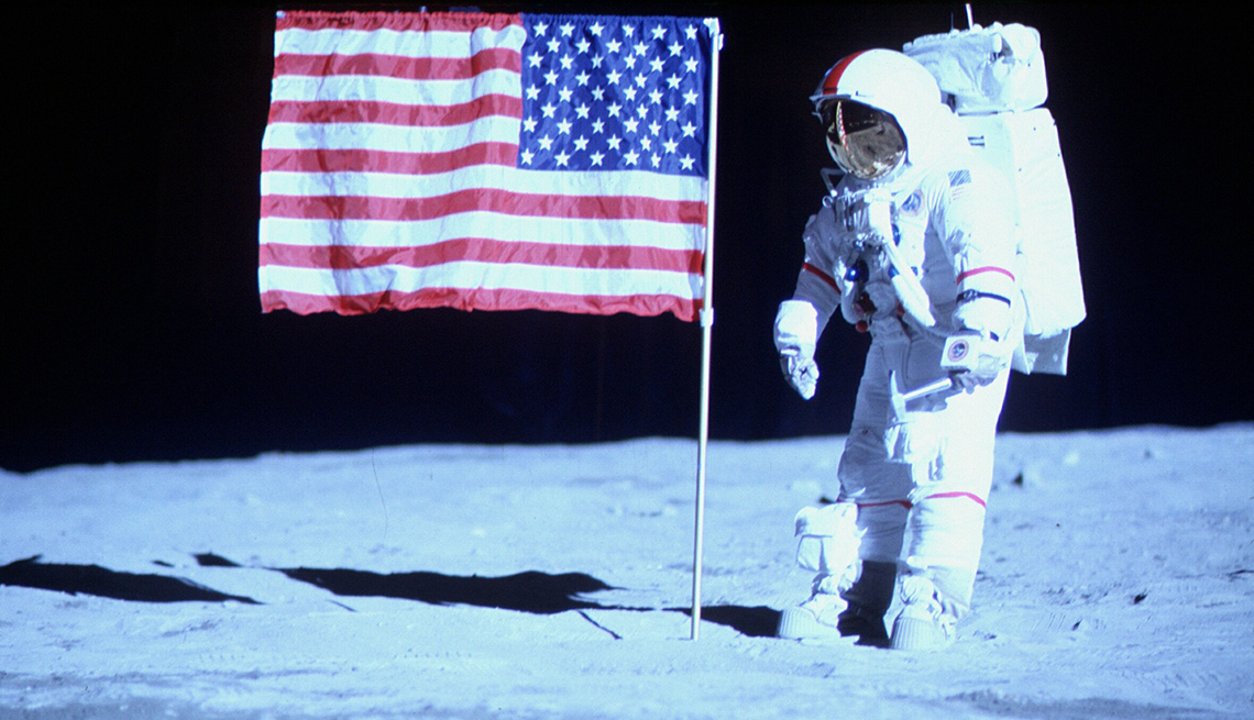 Space Suits Designed And Built By Chris Gilman Were Used In The Hbo Miniseries From The Earth To The Moon.