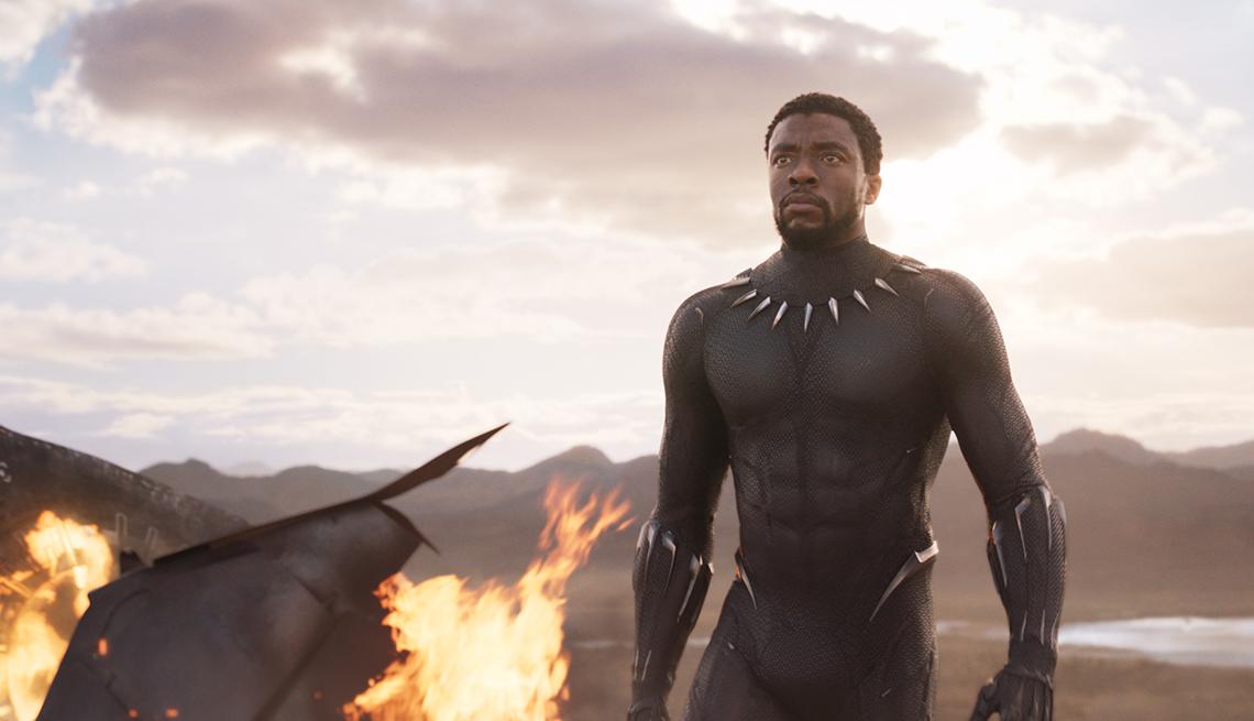 Chadwick Boseman en una escena de Black Panther