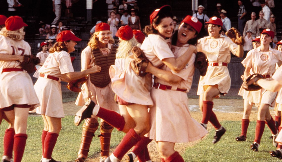 Geena Davis Madonna y Rosie O Donnell en una escena A League of Their Own.